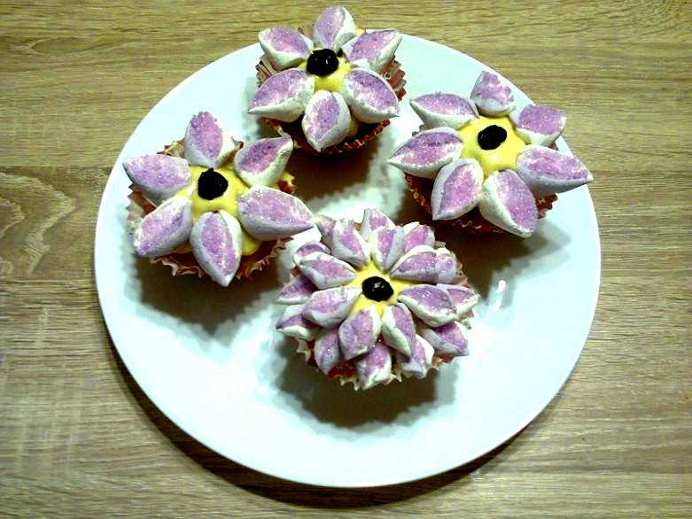 Jak udekorować muffinki na imprezę?